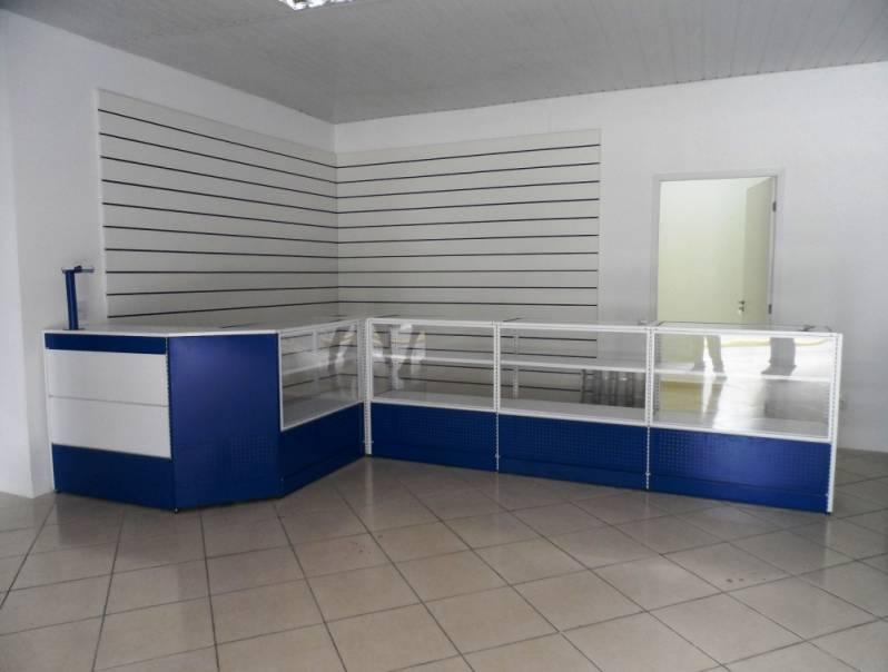 af7365421 Balcão de Loja com Vitrine Preço Grajau - Balcão de Loja com Expositor