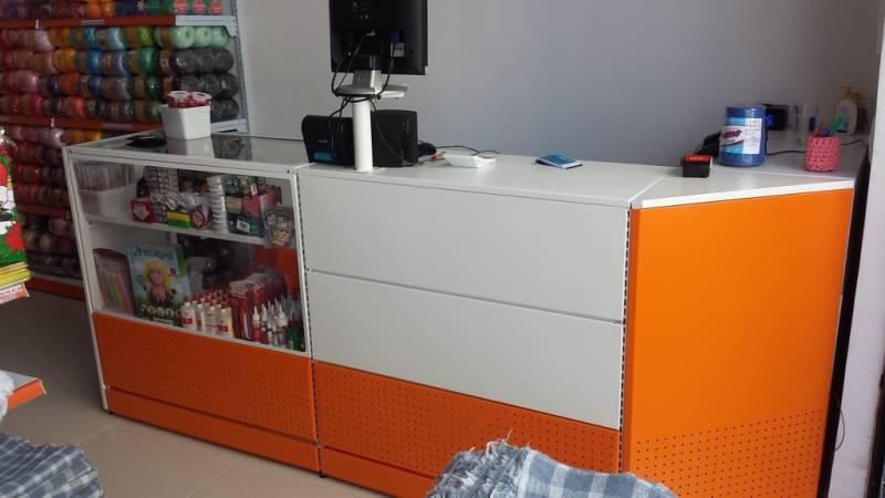 c1af34609 Venda de Balcão de Loja com Expositor Moema - Balcão de Loja com Expositor